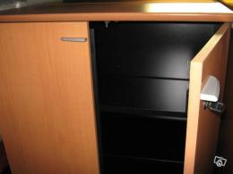 armoire basse de bureau occasion. Black Bedroom Furniture Sets. Home Design Ideas